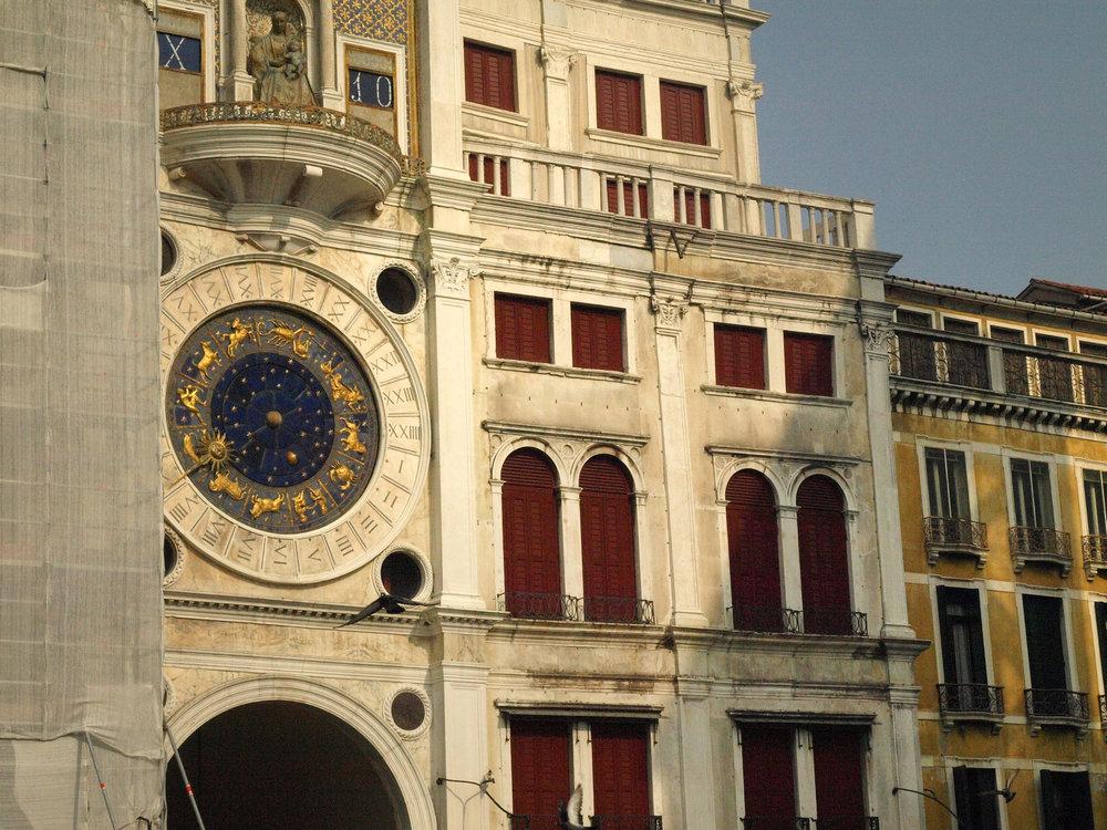 Piazza San Marco, Italy  / Geena Matuson @geenamatuson #thegirlmirage