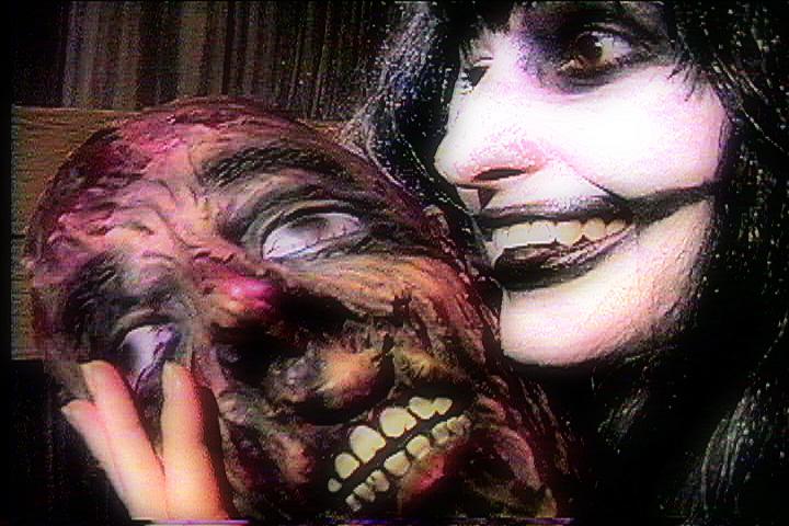 ReelGroovyFilms_GeenaMatuson_EvilClownEvil-Hell_1.jpg