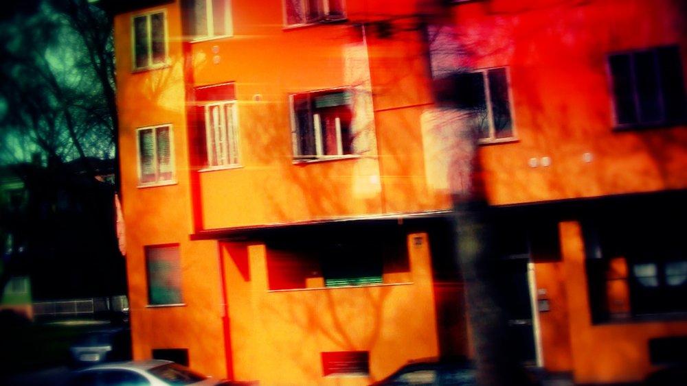 GeenaMatuson_Italy_TickleJuice_DontPlayWithDinosaurs_07.jpg