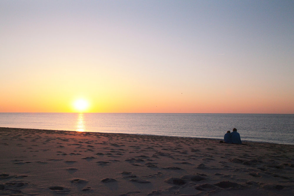 Beach at sunset in Cape Cod, MA, USA / #Travel photography by Geena Matuson @geenamatuson #thegirlmirage.