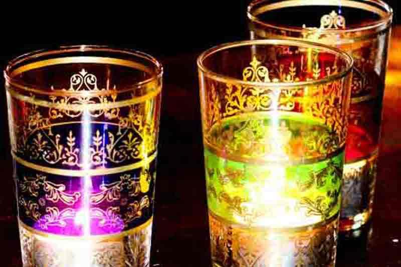 arabian-props-moroccan-tea-glasses-2.jpg