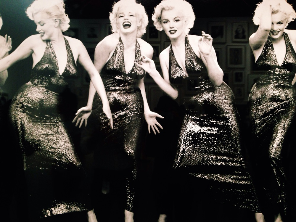 multiple marilyn by richard avedon.  naomi yamda