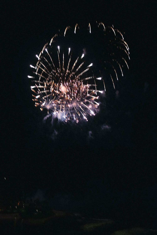 Oahu_Late_Summer_Fireworks_Naomi_Yamada-2.jpg