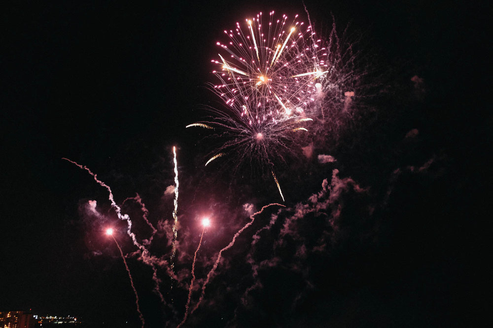 Oahu_Late_Summer_Fireworks_Naomi_Yamada-6.jpg