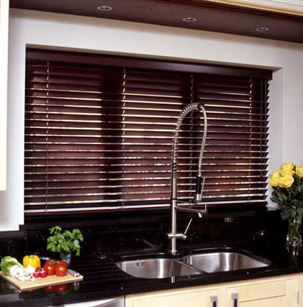 Wood Blinds And Faux Wood Blinds Are Another Great Window Treatment For The  Often Used Kitchen Space Especially With Décor That Is Traditional.