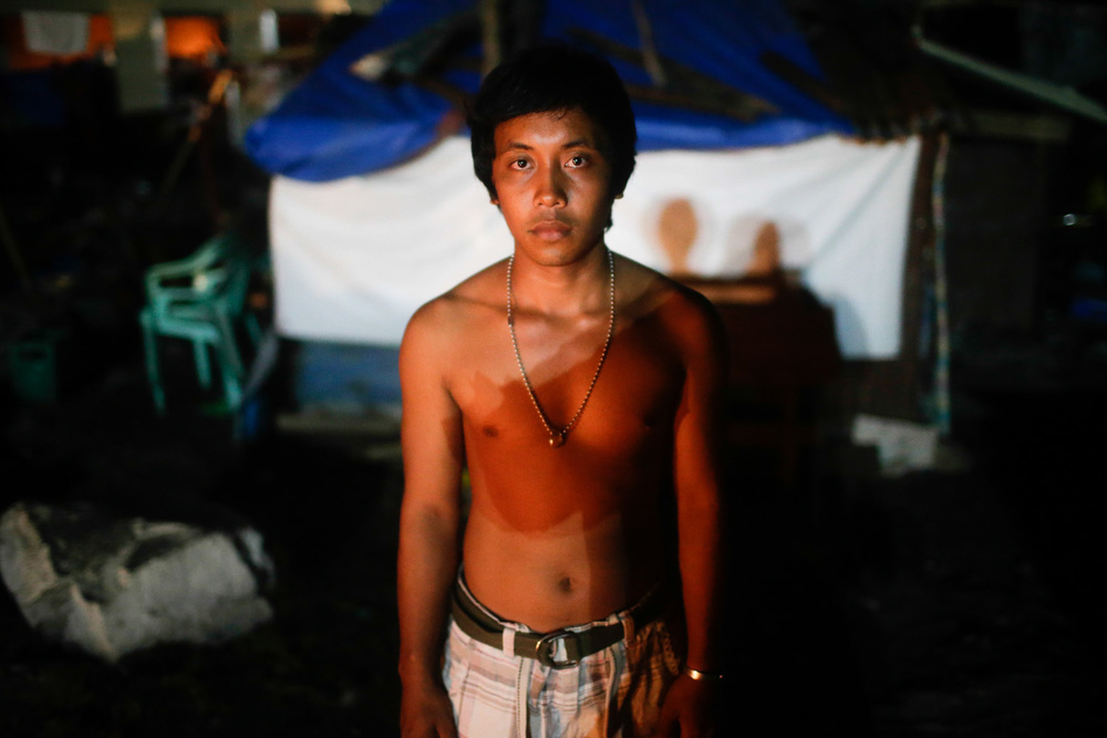 Juhnil Andog of San Roque, Tanauan Leyte. Still has a liveable home. He is calling for his mother Nila Andog of Barangay Owaon in Dapitan City and wants to tell her that he is alive, not to worry about him and just needs a little money so he could make his way back home.
