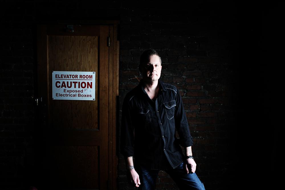 Caution Bill Gladwell.jpg