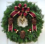 Mickman Wreath.png