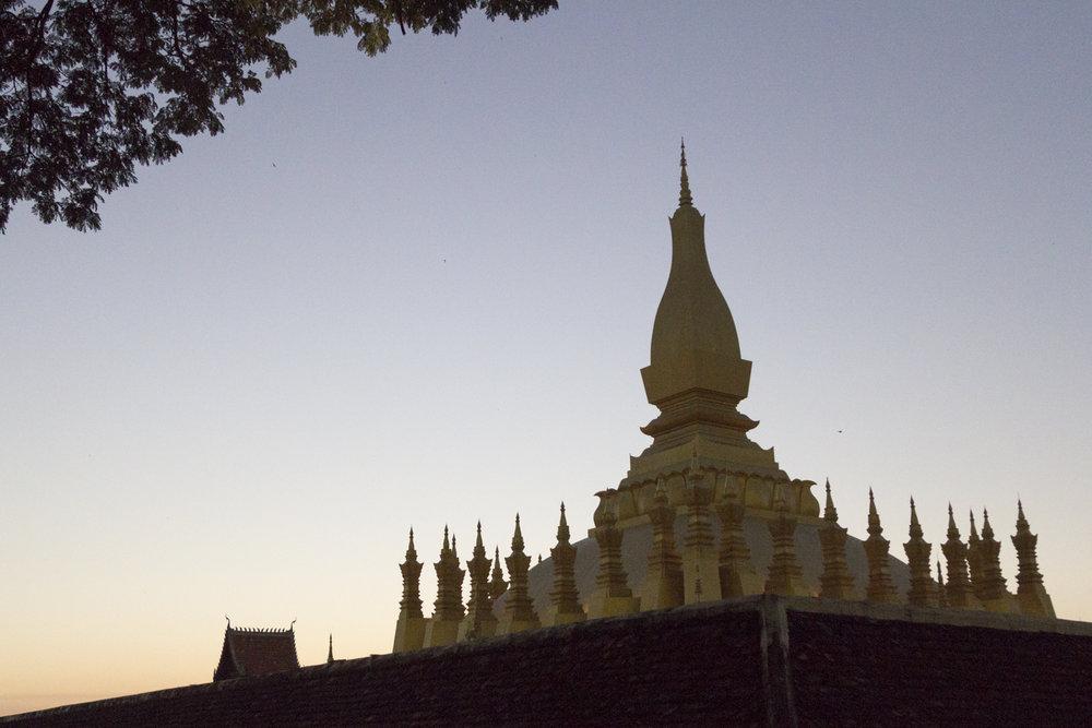 Vientiane-Laos-PhaThatLuang-24.jpg