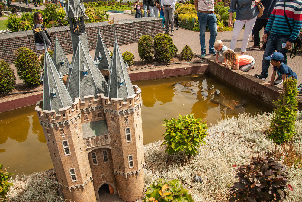 Kids at Madurodam