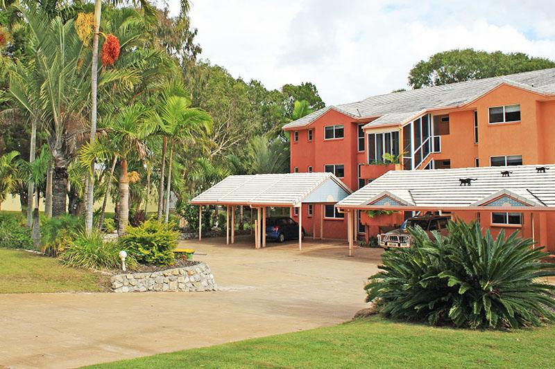 rainbow_beach_accommodation_rainbow_sands_2.jpg