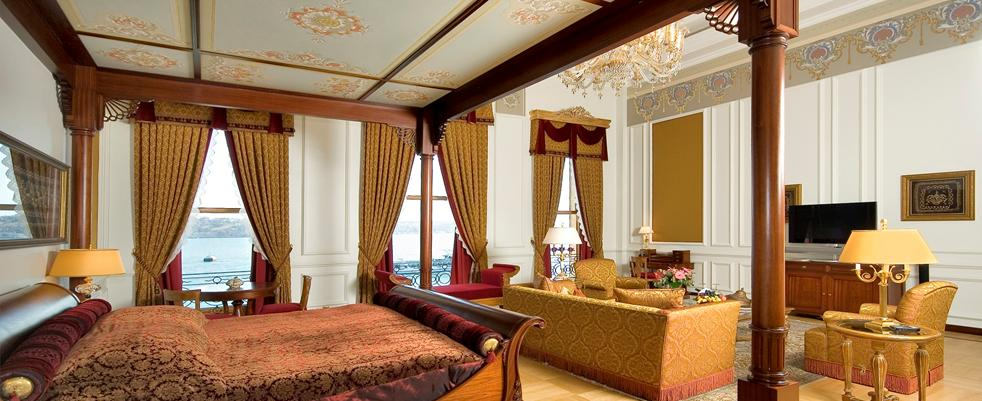 sultan-suite-master-bedroom.jpg
