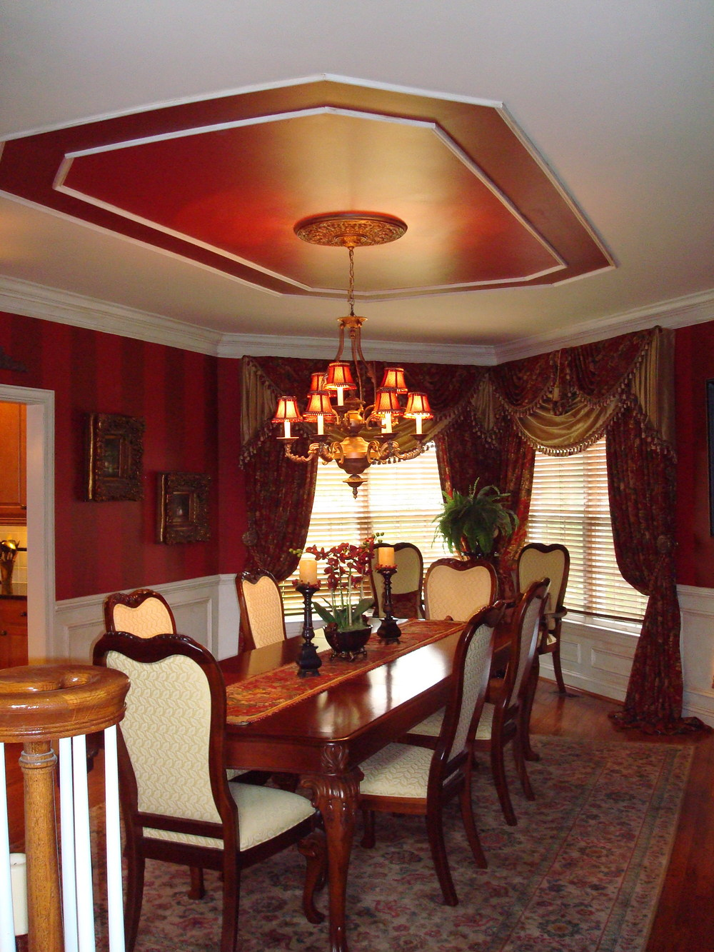 wallpaper dining room faux painting