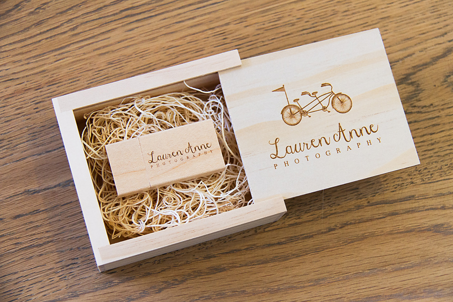 Lauren Anne Photography's wedding photography packaging.