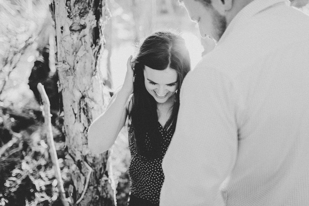 EngagementPhotos_Facebook_2046pixels-1088.jpg