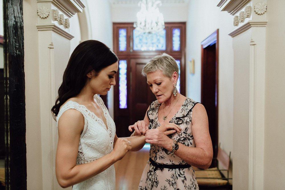 lauren-anne-photography-newcastle-wedding-photographer-mindaribba-house_0011.jpg