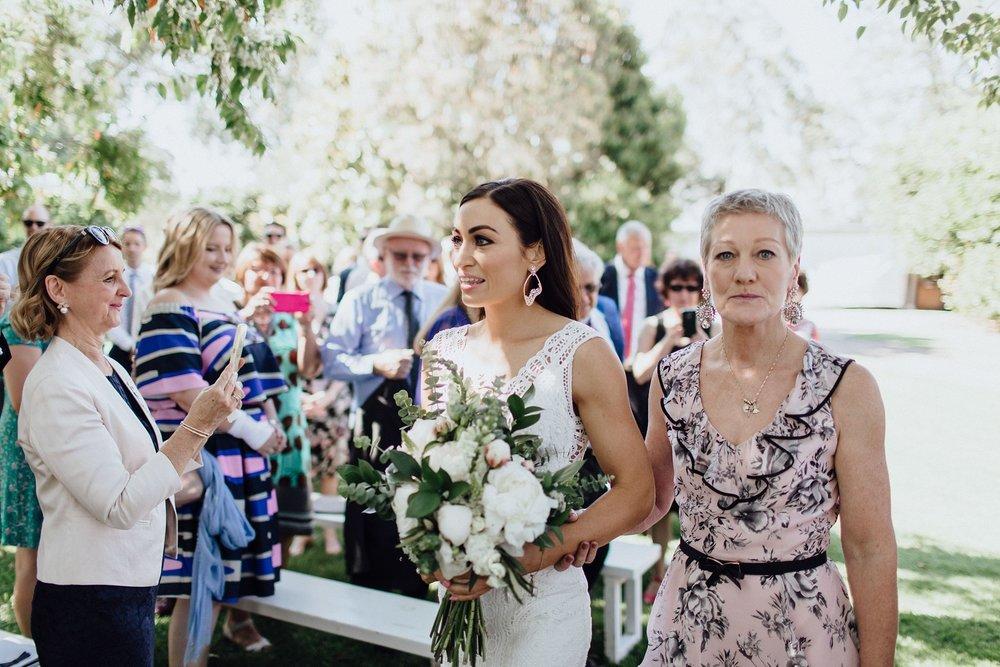 lauren-anne-photography-newcastle-wedding-photographer-mindaribba-house_0022.jpg