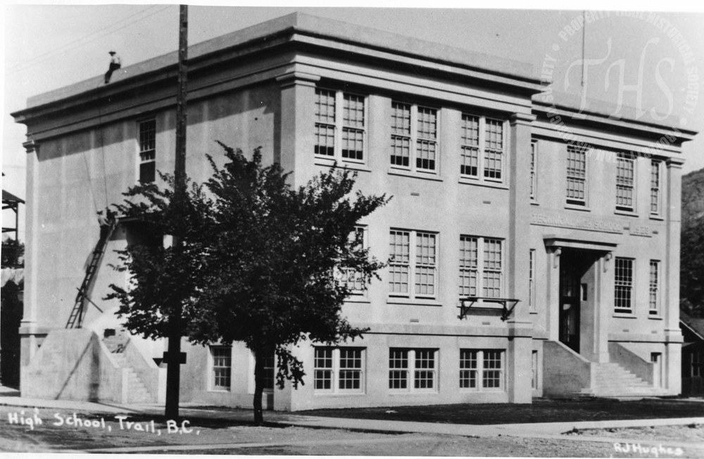 Trail High School (Hughes) - 1923
