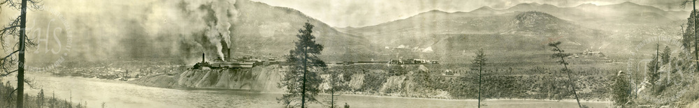 General View of Consolidated Mining and Smelting Company of Trail (Carpenter) - Ca. 1906