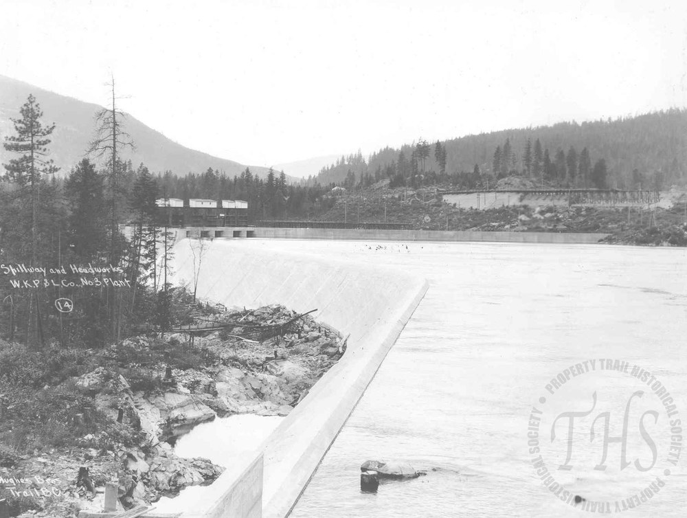 Spillway and headworks, South Slocan plant (Hughes) - 1930