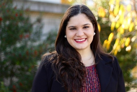 Leticia C. Donoso, graduate of American University School of International Service, with a M.A. in International Economic Relations. Areas of interest: international trade, development, social protection, and impact evaluation.