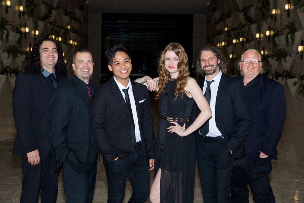 Scoop - Corporate Party Band, Scoop specialises in private functions, gala balls & weddings.