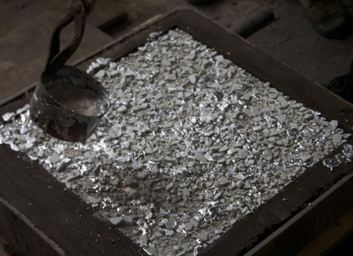 aluminum pour.jpg