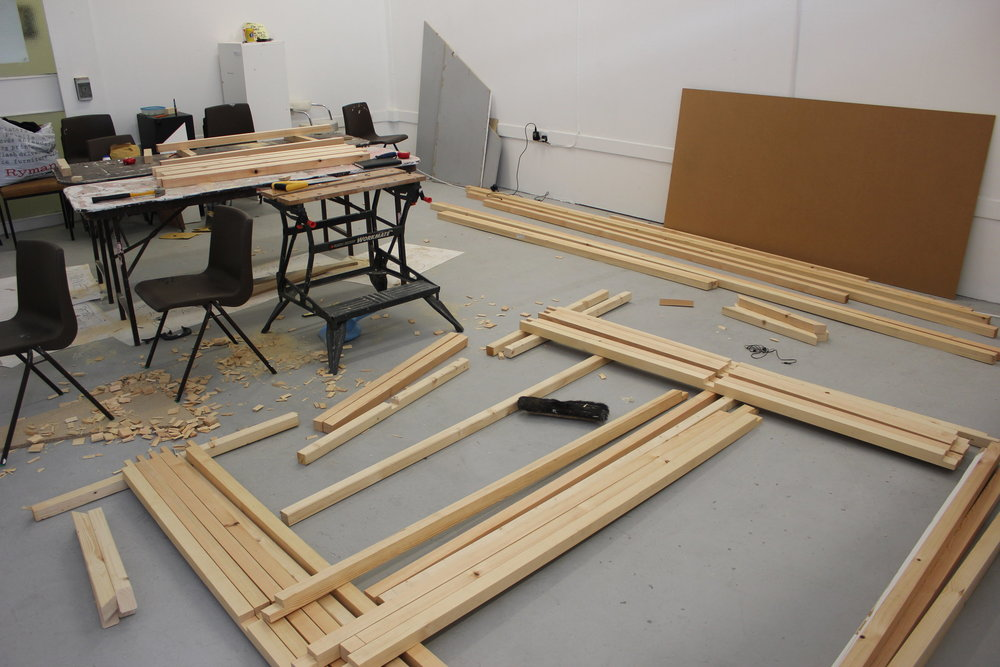 Building the frames for the 7 blackboards for RRR