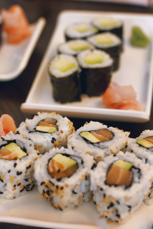 sushi-rolls2.jpg