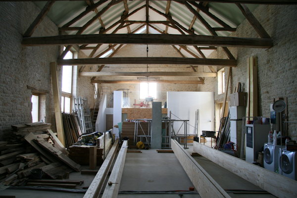 Phase 2 already well underway in the Gabillou barn
