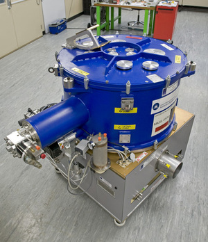A Front End assembled and ready for testing. Thecryostat (blue vessel) is cooled to 4K (-269°C). The FE contains up to 10 different bands.     Image courtesy STFC