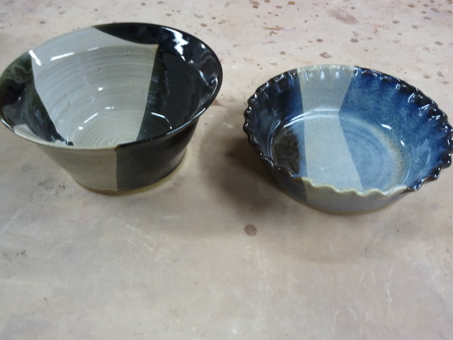 Stoneware Pie Plate and Large Pasta Bowl