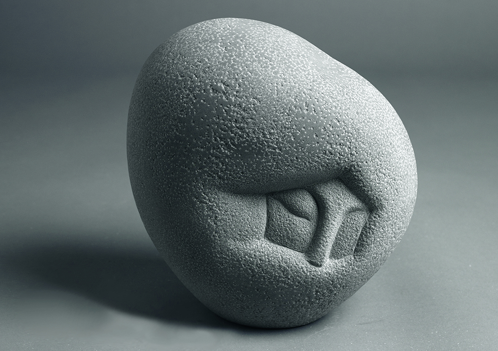 woman5   29x26x19(cm) sandstone (Private Collection, South Korea) 2009