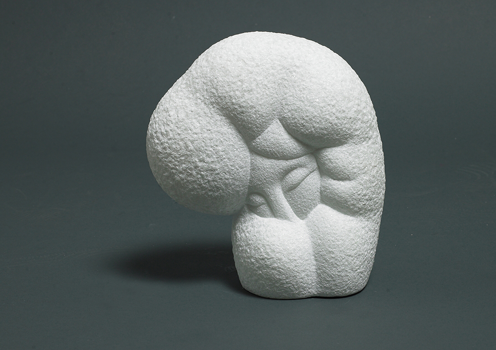 woman1   26x22x12 marble (Private Collection, South korea) 2008