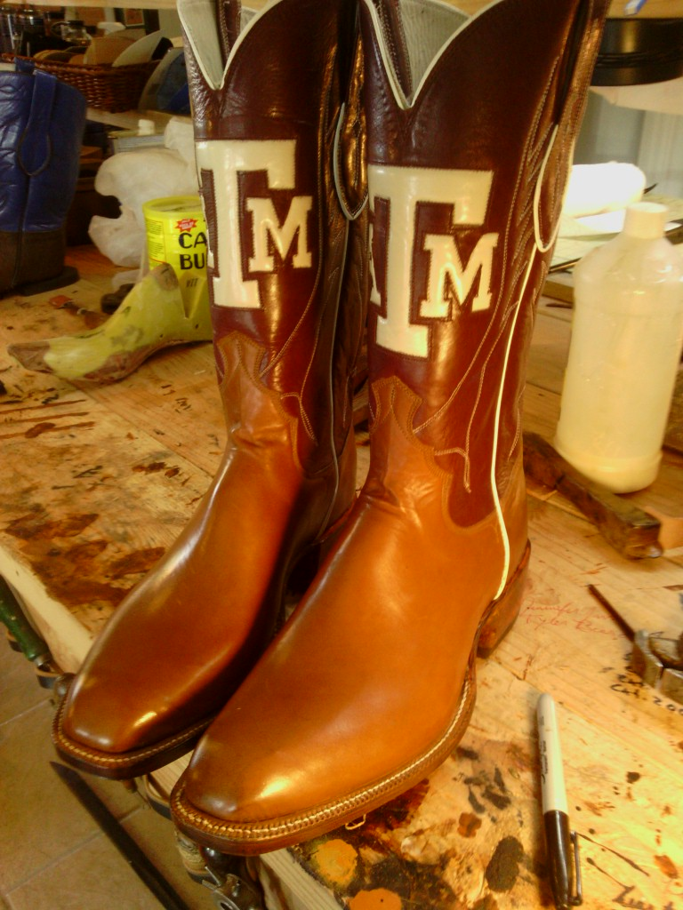 A&M inlay with a french toe