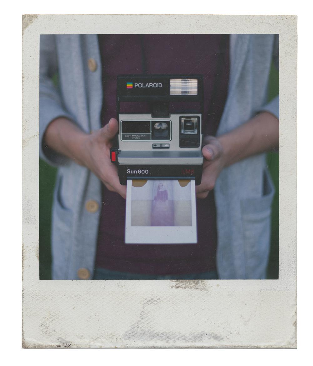 Polaroid camera ta...