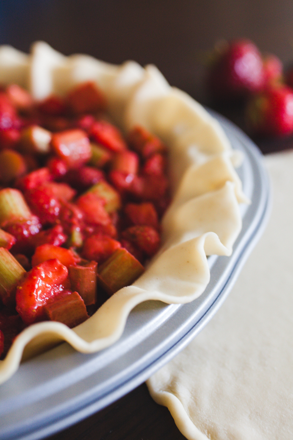 Jonathan-Kuhn-Photography-Strawberry-Rhubarb-Pie_5738.JPG