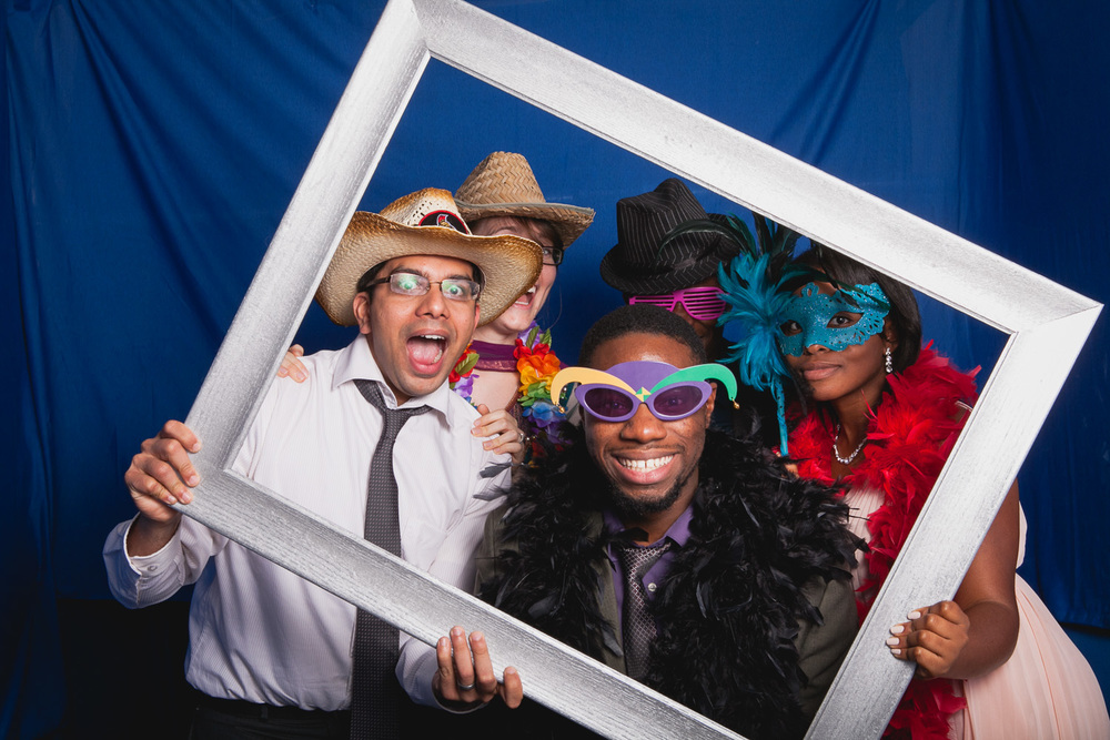 085-Jonathan-Kuhn-Photography-Jami-And-Tristan-Photobooth-0116.jpg