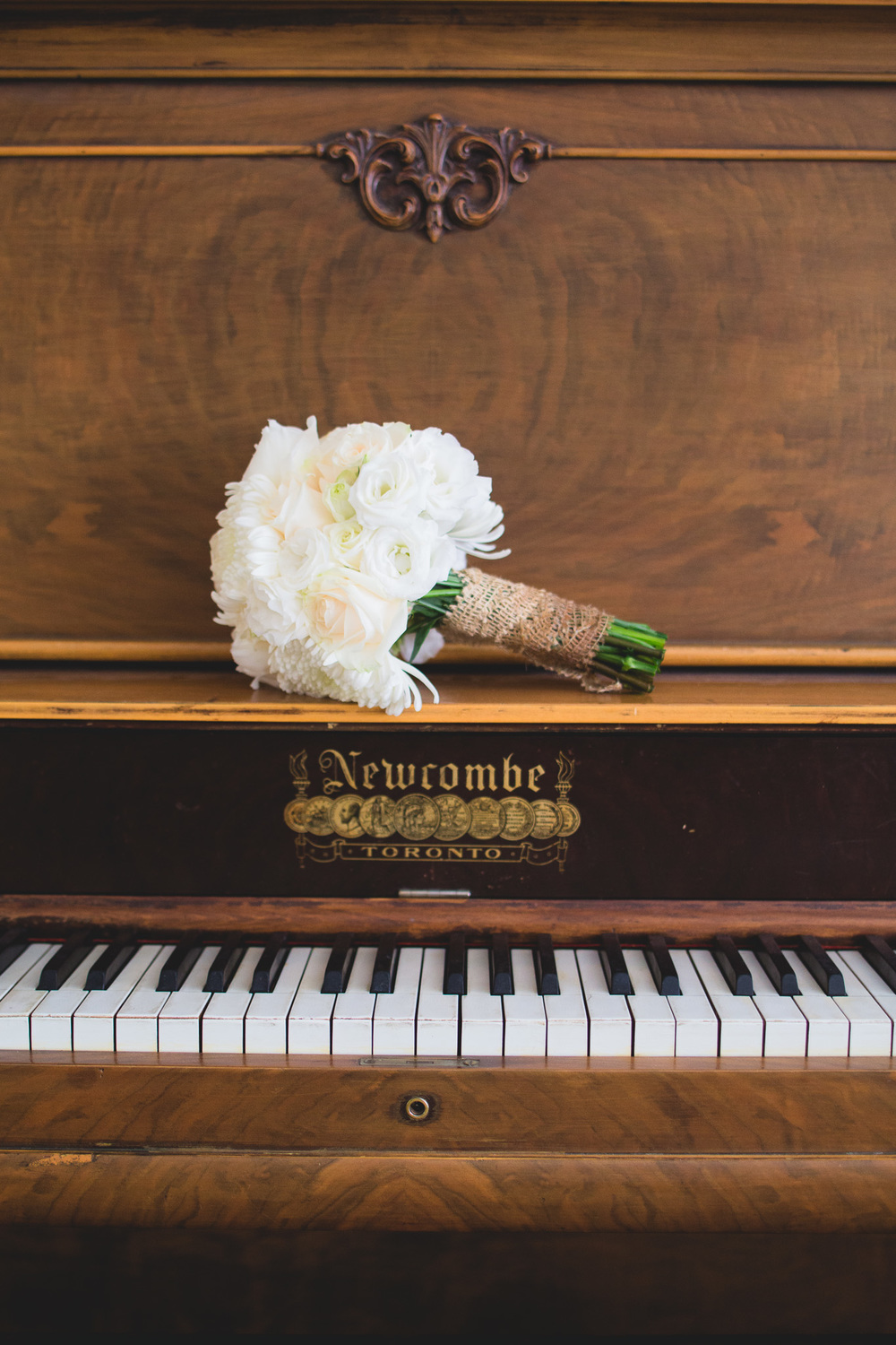 Wedding-Bouquet-Piano
