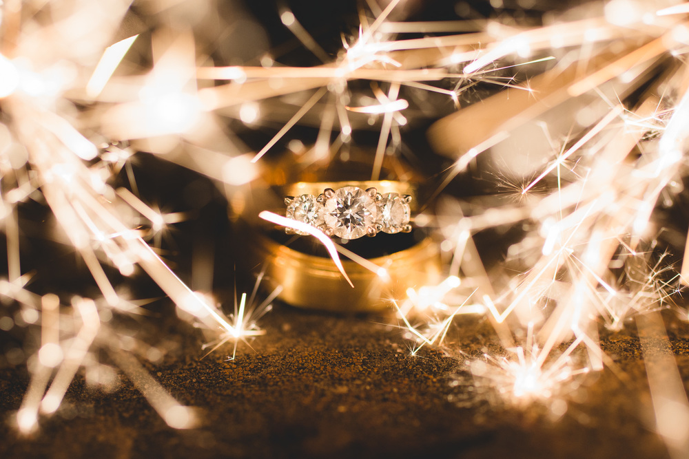 Sparkler-Ring-Photo