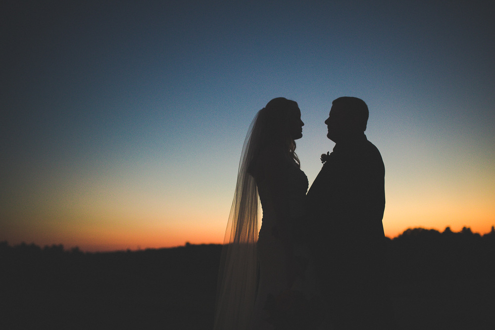 Epic-Sunset-Wedding-Silhouette