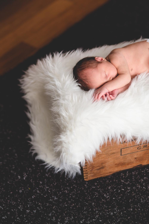 052-Jonathan-Kuhn-Photography-BabySimon-WEB-1453.jpg