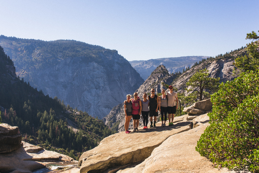 group-photo-in-yosemite
