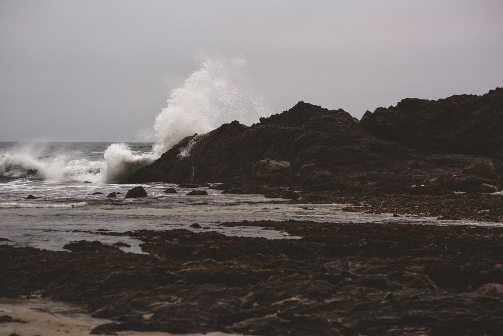 waves-crashing-pfeiffer-beach