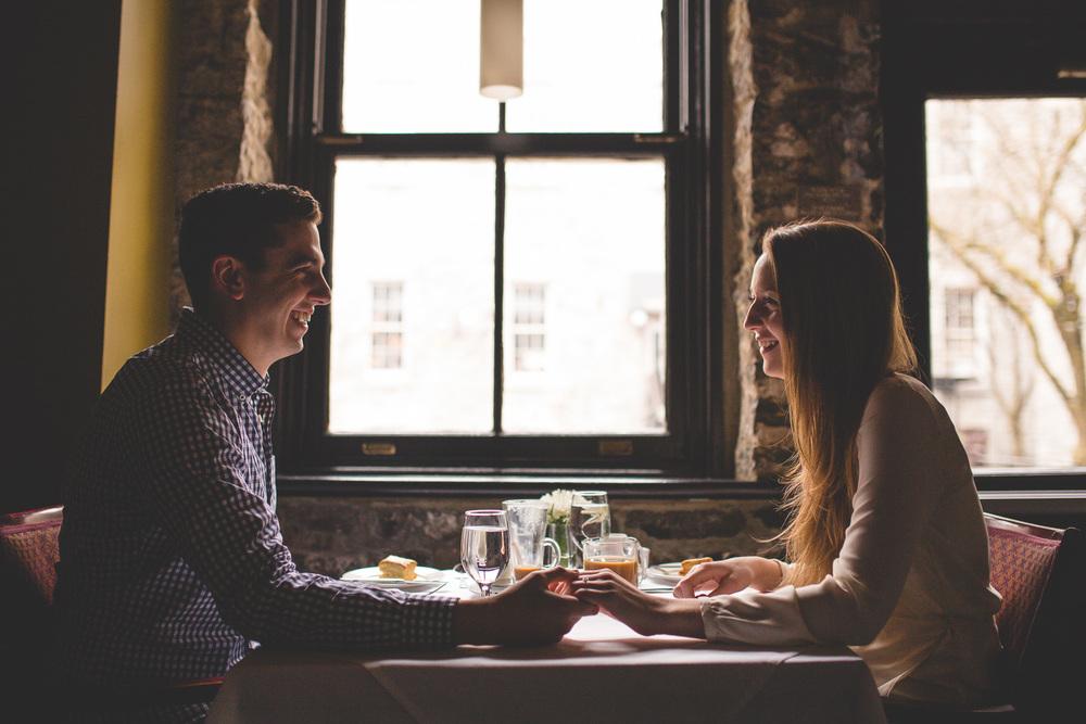 Engagement-photos-ottawa-courtyard-restaurant