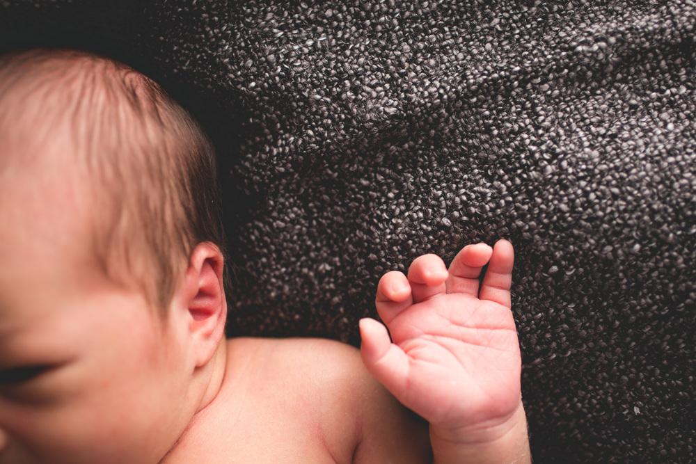 Ottawa-newborn-photography-lifestyle-session