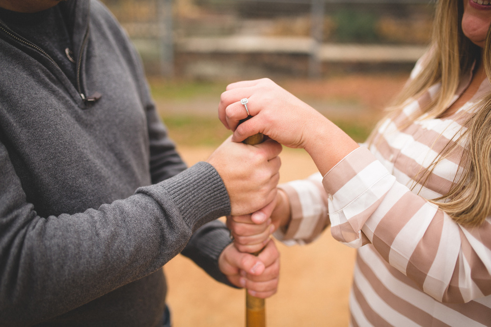 baseball-themed-engagement-photos
