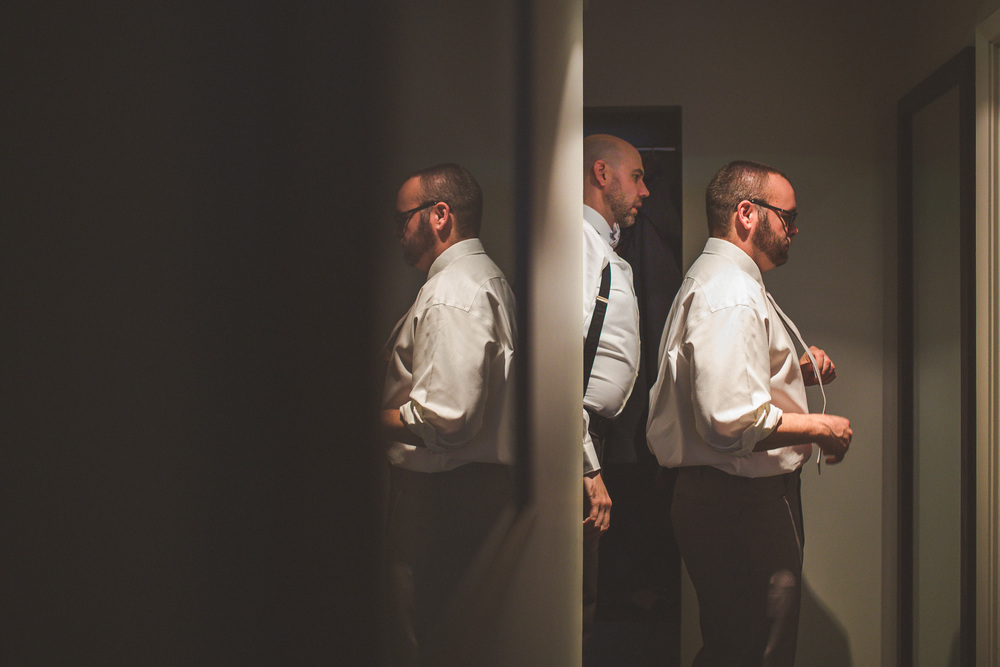 creative-groomsman-photo.jpg