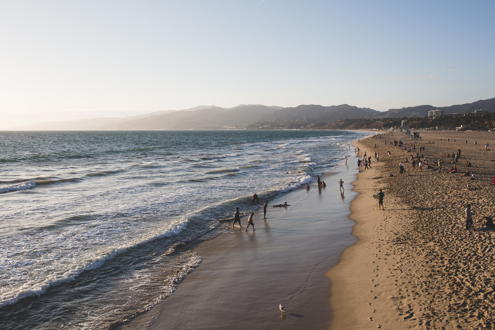 Swimming-in-Los-Angeles-Beaches-where-to