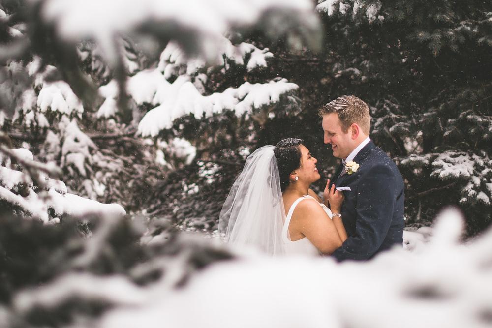 ottawa-winter-bridal-portrait